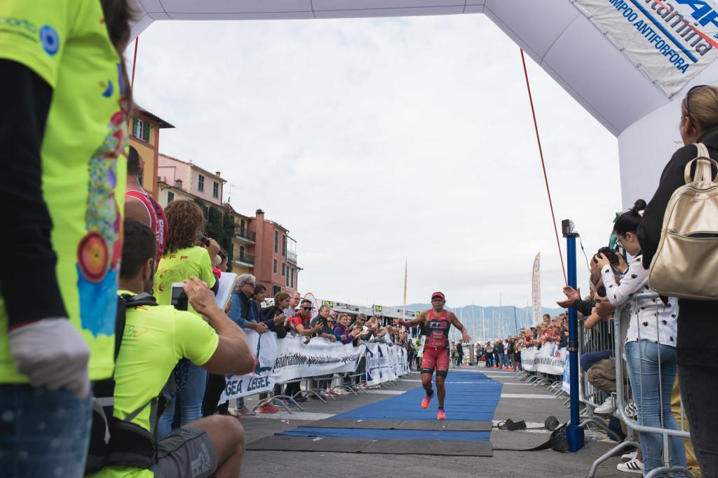 Triathlon Olimpico Lerici 2016 - Arrivo Donne